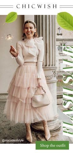 Look Fashion, Girl Fashion, Fashion Outfits, Fashion Design, Classy Outfits, Cute Outfits, Non White Wedding Dresses, Couture, Elegant Outfit