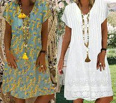 Japanese sleeve evasé dress and easy-to-make V-neckline - Amelia Wadsworth Glamour Fashion, Mode Glamour, Fashion Art, Moda Streetwear, Streetwear Fashion, Denim Bag Patterns, Latest African Fashion Dresses, Linen Dresses, Pattern Fashion