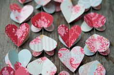 NEW Paper hearts garlands, COUNTRY Garden, in 3D, paper garland, heart garland, wedding garland, fuchsia, pink, red, mangenta by LaMiaCasa