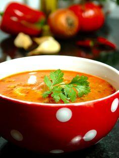Portuguese Soup, Portuguese Recipes, Soup Recipes, Dessert Recipes, Cooking Recipes, Fish Soup, Food Goals, Soup And Sandwich, Food Photography