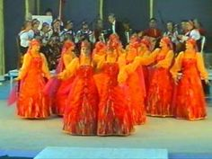 June 9 - 12 Slobozia, International Folklore Festival 'Wild Flowers of Baragan'  (Festivalul International de Folclor 'Floare de pe Baragan') With 13 european countries visiting to perform their folk dance (this is in1997 - Ansamblul folcloric)