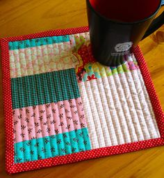 Mug mat by Bellsknits, via Flickr