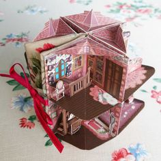 Diy Arts And Crafts, Book Crafts, Paper Crafts, Up Book, Book Art, Arte Pop Up, Pop Up Karten, Paper Doll House, Handmade Books