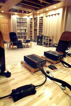 The Ultimate Listeningroom - 2