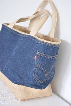 BEACH Large /Shoulder bag and Handbag/ with Burlap inside and Denim Handbags, Denim Tote Bags, Denim Purse, Denim Bag Patterns, Large Messenger Bags, Denim Crafts, Recycled Denim, Patchwork Bags, Large Shoulder Bags
