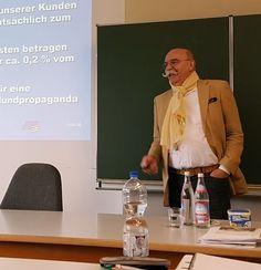Gestern war mein letzter Unterrichtstag an der Akademie für Betriebsmanagement in Stuttgart. Ein weiterer Abschnitt ging zu Ende. Es war eine schöne Zeit und es hat mir große Freude gemacht, mein Wissen und meine Erfahrung an die jungen Menschen weiterzugeben.