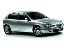 Alfa Romeo 147 Side View Hatchback - Car Picture Collection