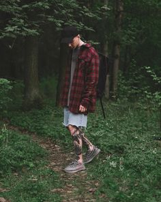 ** Streetwear daily - - - Click this picture to check out our clothing label ** Urban Fashion, Daily Fashion, Mens Fashion, Mode Man, Yeezy Fashion, Red Flannel, Cruise Outfits, Clothing Labels, Swag Style