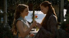Margaery Tyrell and Sansa Stark from Season Game of thrones Game Of Thrones Queen, Game Of Thrones Sansa, Game Of Thrones Episodes, Game Of Thrones Screencaps, Margaery Tyrell, Sansa And Margaery, Episodes Series, Series Movies, Tv Series