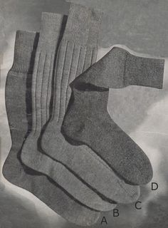 Man's Plain Socks with French Heel and Flat Toe from Patons Knitting Book No. 248