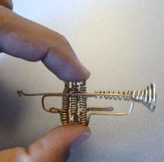 how to: miniature wire trumpet