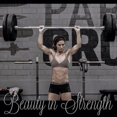 CrossFit | Andrea Ager  {Beauty in Strength}