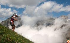 Un paseo por las nubes..!! Running above the clouds!! ;) #trailrunning #running #seaofclouds #mardenubes #picosdeeuropa