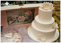 Top 10 Questions to Ask Your Wedding Cake Baker - The Pink Bride