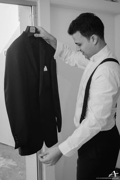 Awesome Photography for www.adrianaweddings.com wedding planning | wedding photography | wedding planner | wedding tips | wedding advice | engagement | engagement photos | bride | bridal | engagement shoot | groom | luxury wedding | Caribbean | destination weddings | destination wedding |