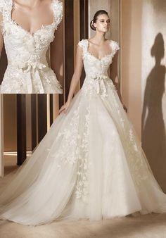"Elie Saab for Pronovias wedding dress ""Aglaya"""