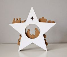 Cardboard Nativity Set by Unlimited Design Easy Christmas Ornaments, Christmas Table Decorations, Holiday Fun, Christmas Holidays, Felt Ornaments, Nativity Star, Christmas Nativity Scene, Nativity Crafts, Nativity Scenes