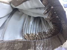 Paso a paso: confeccionar un traje de fallera – Como anillo al dedal – Confección privada y a medida Tudor Fashion, Historical Women, Renaissance Dresses, Pli, Sewing Techniques, Needle And Thread, Fashion History, Sewing Tutorials, Dress To Impress