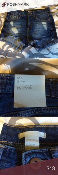 NWT H&M denim shorts 🌻 Brand new/ never worn denim shorts! H&M Shorts Jean Shorts