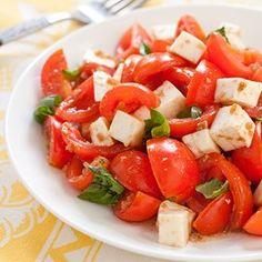 Caprese Salad with Tomatoes and Mozzarella -- a perfect Mrs. Dash recipe - mrsdash.com #saltsubstitute #nosalt #caprese salad recipes, americas test kitchen, dash recipes, chicken enchiladas, capres salad, cherri tomato, tomato salad, tomato mozzarella, allamerican cherri