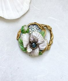 Vintage style flower brooch White anemone flower brooch