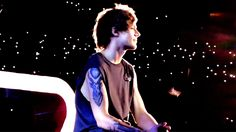 2. Even this moth couldn't deny his beauty.   23 Times Louis Tomlinson Proved He Is Actually The Sun