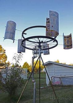 DIYS Wind-Powered Water Pump--Survival Skills