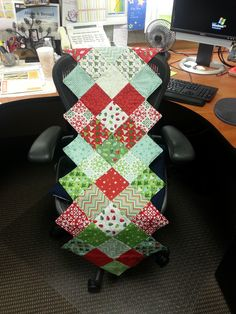 @Missouri Star Quilt Company a modified version of Jenny's table runner.  Great tutorial!