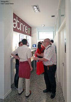 El pasado día 13 de Julio de 2012 se inaugura en nuestro centro Atinne (Calle Ángel Rebollo 56-58, bajo) la exposición de carteles de formación técnica con vocación de arte estructurARTE del arquitecto y docente Jorge Cebreiro.