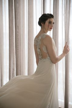 We're so grateful that Wedding Essentials featured us in their Designer Feature series. Click through to view our 2018 collection of Hannah Kong designer bridal gowns! Beautiful Love Stories, Bridal Gowns, Wedding Dresses, White Horses, Bridal Collection, Love Story, Wedding Styles, Grateful, Essentials