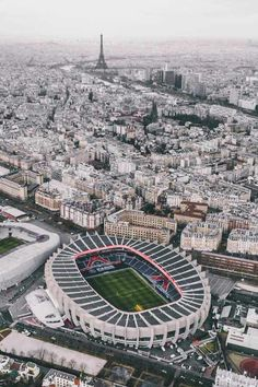 Home of 📍 Paris, France 🏟 Parc des Princes Cap: Mbappe Psg, Soccer Stadium, Football Stadiums, Soccer Sports, College Basketball, Football Soccer, Old Trafford, Camp Nou, Vacation Places