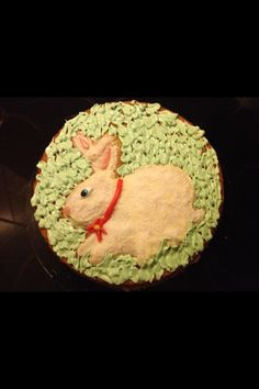 Torta al limone con coniglio pasquale