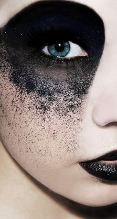 Yes. Just found my inspiration for the next concept shoot I'm MUA on in April.