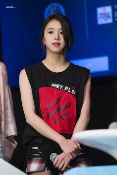 〔 ♡°◌̊ 〕— Chaeyoung Kpop Girl Groups, Korean Girl Groups, Kpop Girls, Nayeon, K Pop, Korean Beauty, Asian Beauty, Chaeyoung Twice, Rapper