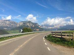 Html, Country Roads, Mountains, Nature, Travel, Roses Garden, Road Racer Bike, Naturaleza, Viajes