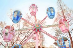 Find images and videos about pink, blue and kawaii on We Heart It - the app to get lost in what you love. Carnival Rides, Fun Fair, Kawaii, Pretty Pastel, Candy Colors, Retro, Pastel Colors, Soft Colors, Pastel Pink