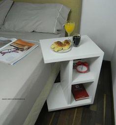 Mesa De Luz Mesita Desayunador Ideal Cama Y Sommier