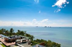Baan Taling Ngam Intercontinental Koh Samui, Thailand THE hotel with a view! An impressive deluxe property, built on the side of a cliff with superb elevated views. Located on the considerably quieter south west coast, 45 minutes scenic transfer by road from the airport, 25 minutes to the lively resort of Chaweng. As an alternative to the road transfer, we can also arrange speedboat transfers (daylight hours) www.chiclocations.com #beach view #holiday