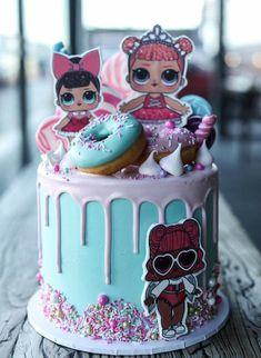 Drip Cakes, Bolo Drip Cake, Birthday Drip Cake, Birthday Cake Girls, Birthday Ideas, Surprise Cake, Surprise Birthday, Lol Doll Cake, Ballerina Cakes