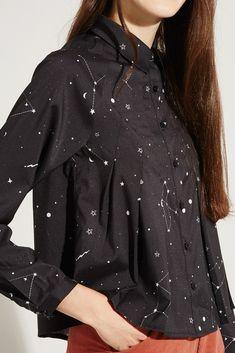 Pleat Shirt Constellation Print