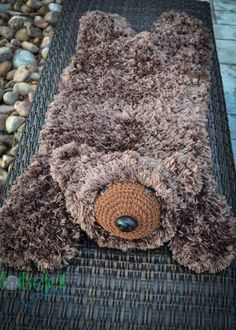 Crochet Pattern for Faux Bear Skin Nursery Rug or Photo Prop