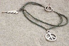 """Armband  """"kleiner Friedensbote"""" AMI/GSP 0109 von schatzinsel auf DaWanda.com"""