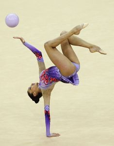 Djamila Rakhmatova in FIG Rhythmic Gymnastics Olympic Qualification - LOCOG Test Event for London Day One Gymnastics Flexibility, Acrobatic Gymnastics, Sport Gymnastics, Artistic Gymnastics, Rhythmic Gymnastics Leotards, Olympic Gymnastics, Gymnastics Problems, Olympic Games, Gymnastics Photography