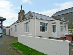 St Mary's - Cosy ground floor cottage near Kilkee Bay, with original wooden floors and woodburner, lovely front patio garden. County Clare, Wooden Flooring, Ground Floor, Cosy, Cottage, Houses, Patio, Mansions, The Originals