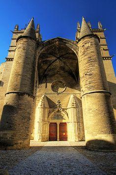 Montpellier ~ Languedoc-Roussillon ~ France ~ Cathédrale Saint Pierre de Montpellier