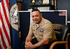 Navy Counselor 1st Class Edson Felismino, a Brazil native, came to the United States ... eventually joining the Navy with deployments to Guantanamo Bay, Afghanistan, and Africa. Now, as a recruiter, he has been recognized for a rare recruiting achievement by contracting 100 new applicants during his first recruiter tour. Navy Recruiter, Joining The Navy, Afghanistan, Brazil, Africa, United States, Tours, U.s. States, Afro