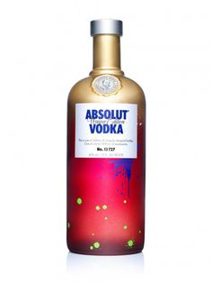 ABSOLUT UNIQUE – a limited edition of nearly four million uniquely designed and individually numbered bottles  Recommended price: 13,49 euros