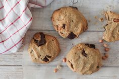 This gluten free salted peanut chocolate chip cookies recipe is so easy and delicious, making them the perfect afternoon treat! Raw Chocolate, How To Make Chocolate, Vegan Gluten Free Desserts, Tray Bakes, Afternoon Tea, Chocolate Chip Cookies, Cookie Recipes, Charity, Peanut Butter