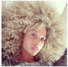 Blonde curly locks. #curlyhairrocks
