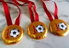 Inspire your Party ® Soccer Theme Parties, Soccer Party, Sports Party, Soccer Birthday, 10th Birthday, Birthday Parties, Barcelona Party, Festa Hot Wheels, Party Activities